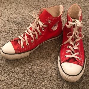 Men's red Converse